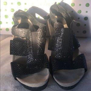 Earthies Sandals Santiago size 10